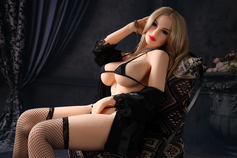 Sexual Doll